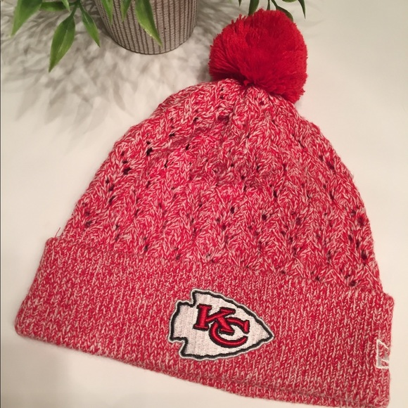 classic fit bfb1e 990d5 Official NFL gear Beanie for Kansas City Chiefs